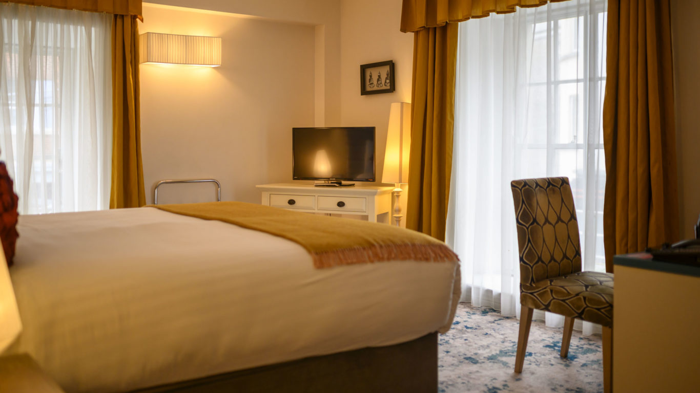 House Hotel Proofs Deluxe Room 113-40